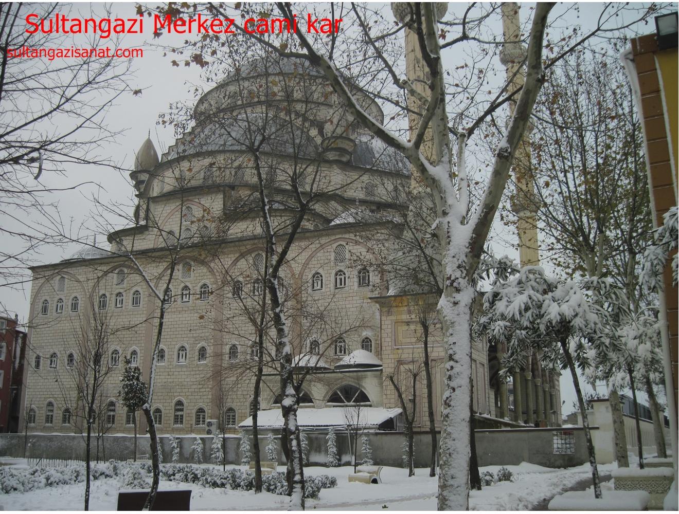 Sultangazi Merkez cami kar